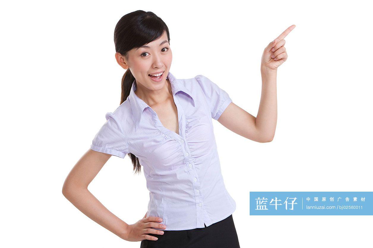 青年商务女士手指前方-原创广告素材图片-蓝牛仔
